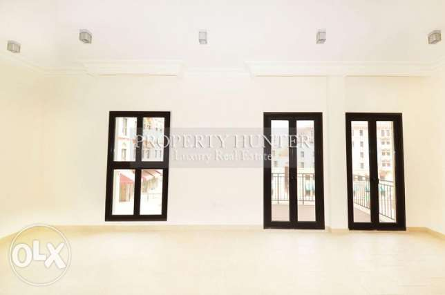 3 bedrooms apartment with canal views الؤلؤة -قطر -  1