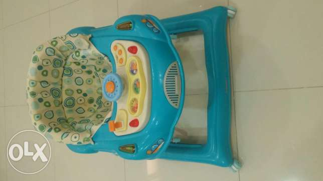 Baby Walker For Sale أم صلال -  3