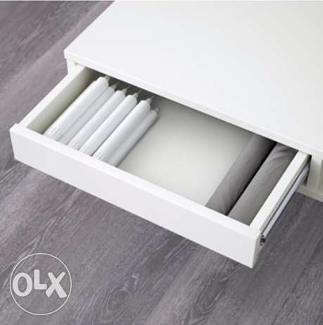 coffee table white gloss 95x95cm. original price 995Qr