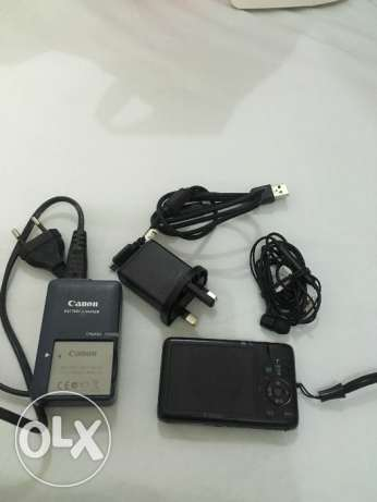 Canon camera and earphones charger xperia Sony hurry up only 4 2days