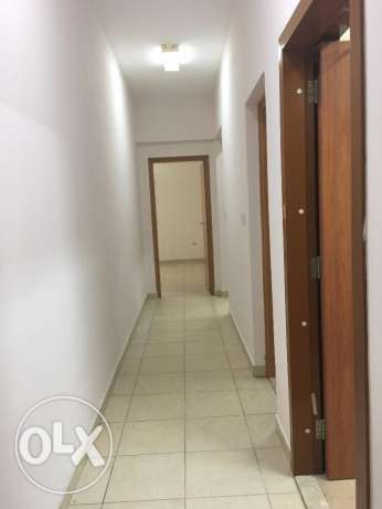 ABDULAZIZ-AFC180C1- S/F 2 Bedroom Apartment w/ Gym Near Homecentre