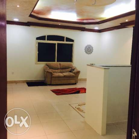 Spacious 1 bhk unfurnished villa in Hilal for family