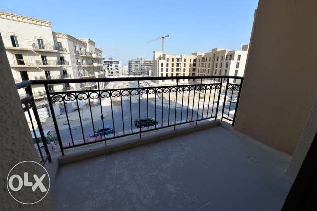 cozy unfurnished studio with nice balcony in Lusail for rent