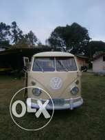 Beautiful Volkswagen T1 Split Window bus 1975 .