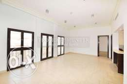 2 Bed Residence in QQ with Canal Attraction
