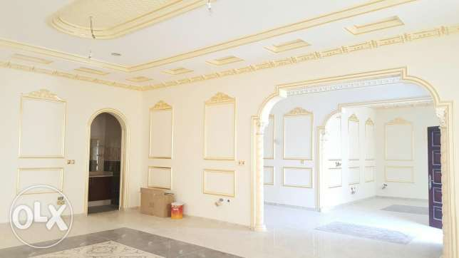 Luxurious 6 bedroom brand new Villa for sale عين خالد -  3