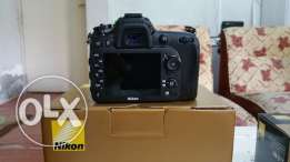 Nikon D7100 + wifi+ batery grip new