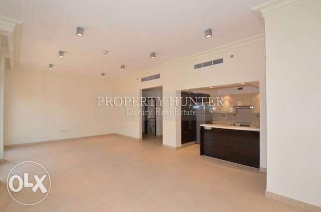 3 BR home in Qanat Quartier +Water views الؤلؤة -قطر -  2