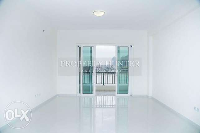 1BR Chalet Direct on the Beach !