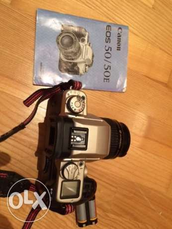 Canon EOS 50E FILM Camera with Canon 35-80mm zoom lens