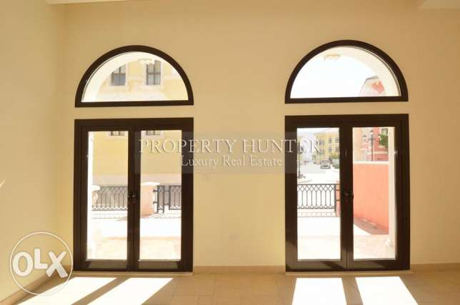 Waterfront Three Bedrooms home in Qanat Quartier الؤلؤة -قطر -  1