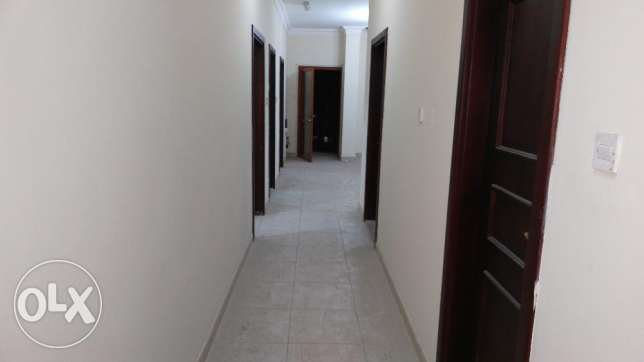 2 Bedroom Un Furnished Flat For Muntaza