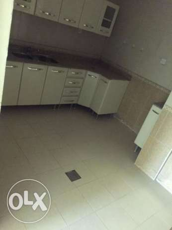 to rent:- NICE 2 BHK Flat Bin Omran (W&E Included)