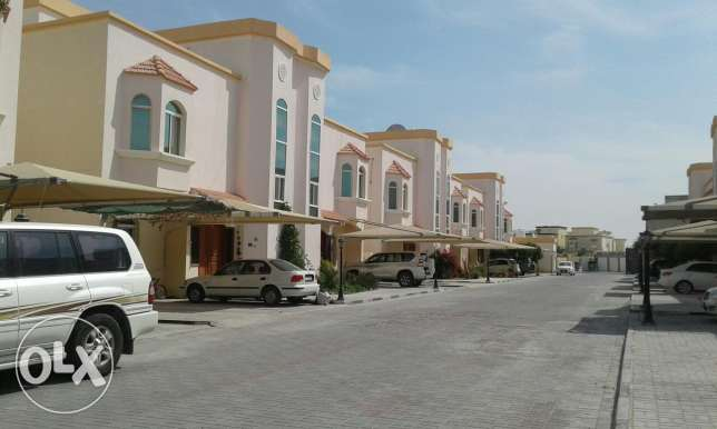 5Bhk villa available in Ain Khalid only for families