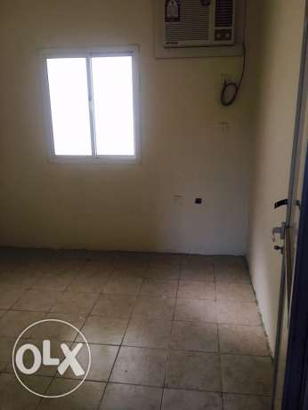 10 Room for rent in industrial area