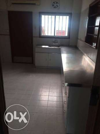 VILLA for rent in perefct location in bin bamhmoud 3bhk 11,000 QR فريج بن محمود -  3