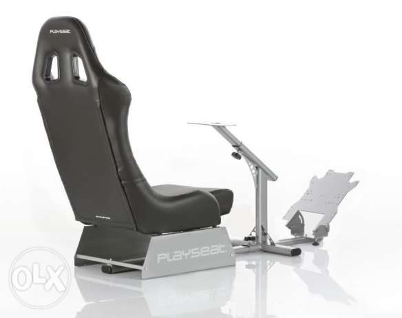 Playseat Evolution Gaming Seat مطار الدوحة -  2