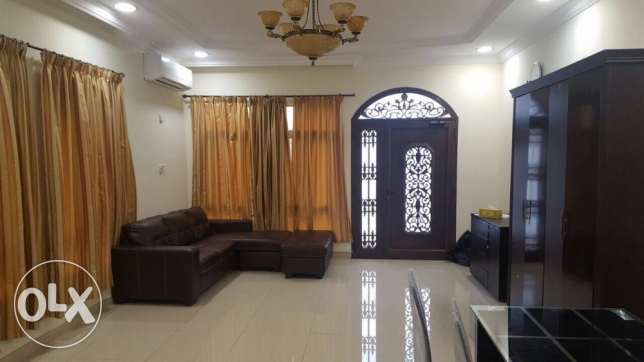 2 bedroom hall available Duhail
