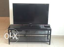 LCD Samsung 42 Inch + tv stand