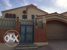 Well maintained villa with spacious backyard