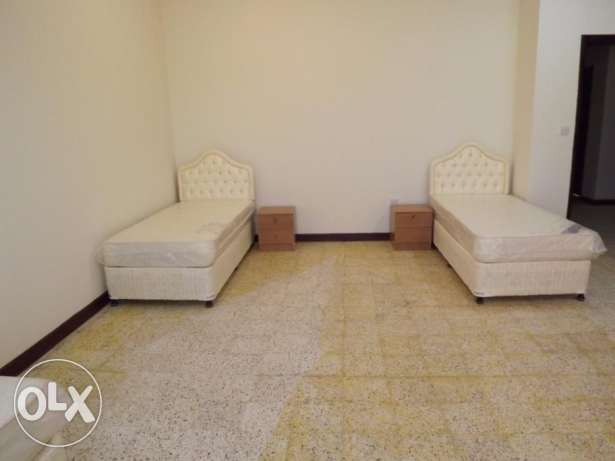 fully furnished bed space avaliable at Hilal area