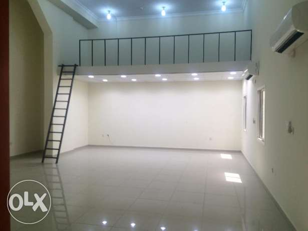 office new For rent in al-Nasr Street open space Size 100 m