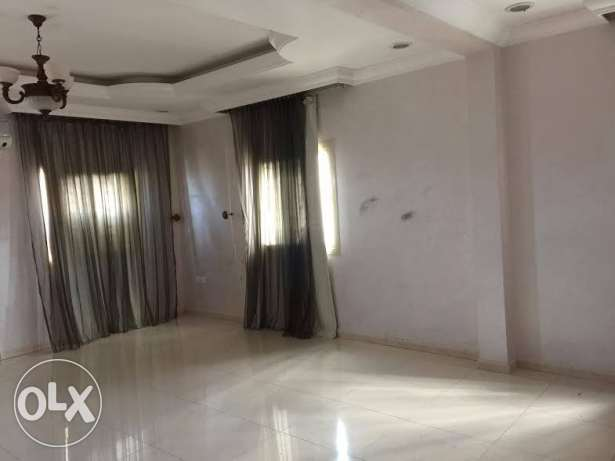 3 Master bed room villa portion Available in wakra