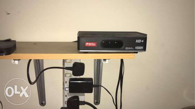 32:TV Airtel receiver with dish