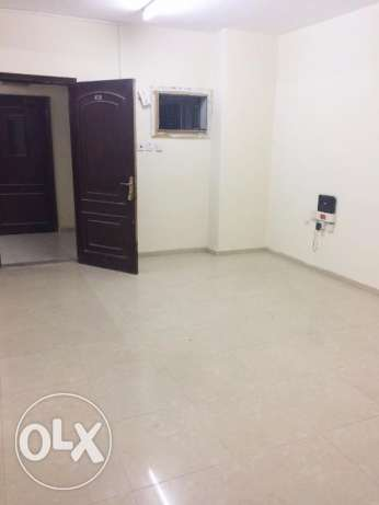 U/F 1-Bedroom Flat At -{Mushaireb}-