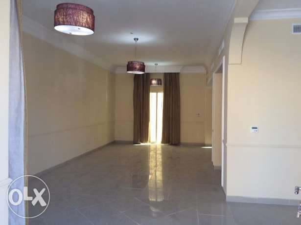 4BHK compound villa in ain khalid with A/C .UF