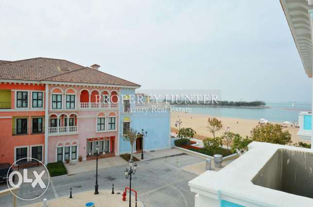 Energetic Area in 3 Bedroom Town House QQ