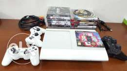 PS3 500GB + 3 controllers + 15 Games