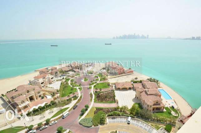 Luxurious 2 Bed with Vibrant Sea View