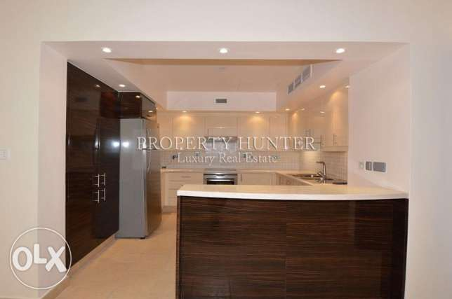 3 Bedrooms Elegant apartment with colorful views الؤلؤة -قطر -  4