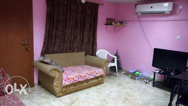 1 BHK Full Furnished Family Room on 02 July 2017 To 20 Aug 2017