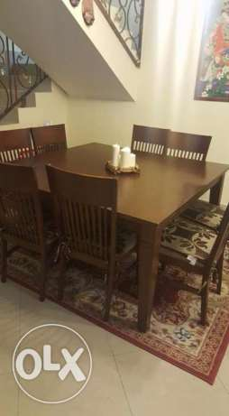 8 seater dining table for sale.