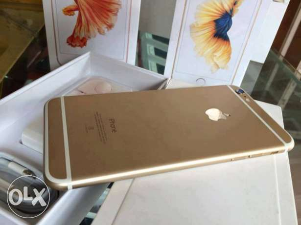 Brand new Apple iPhone 6s plus Gold