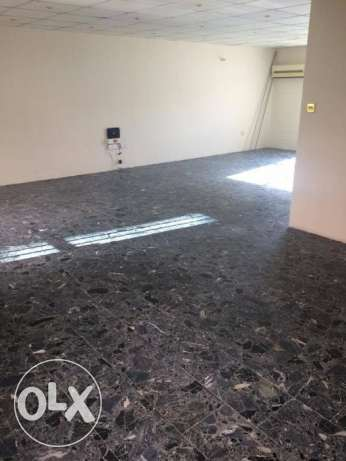 VILLA for rent in perefct location in bin bamhmoud 3bhk 11,000 QR فريج بن محمود -  5