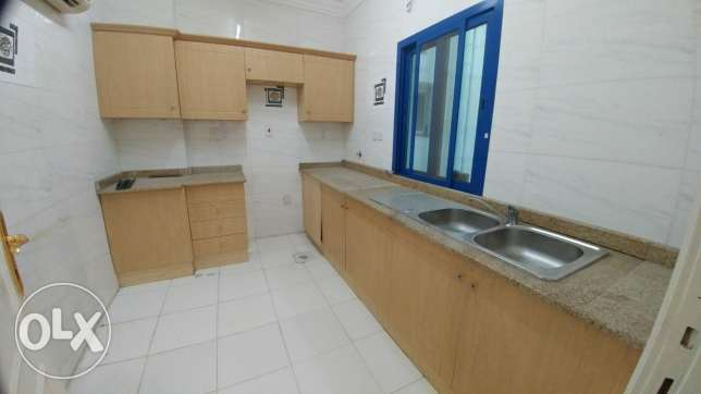 2Bedrooms Unfurnished Apartment In Al Nasr
