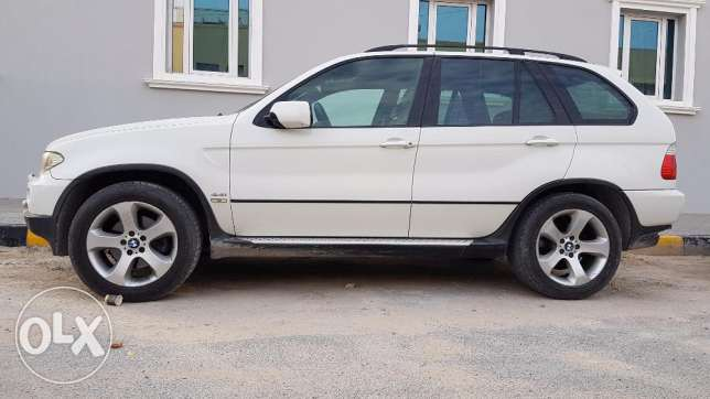 Bmw X5 2006 full option with sun roof. Its v8 waww conditions