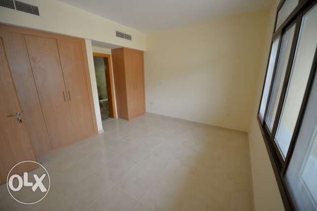 15 min from Ikea 2master bedroom with balcony in Fox hills,Lusail city