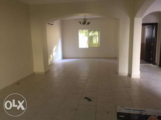 4 BR SF Compound villa in al hilal near E ring road