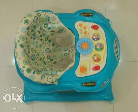 Baby Walker For Sale أم صلال -  1