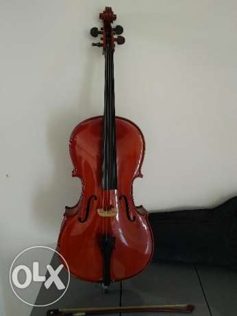Cello with bow and soft carrying case - 1/4 size (child)