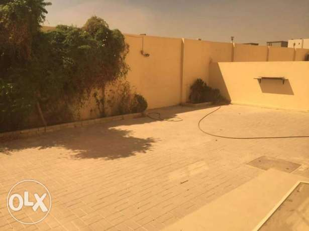 5 Bedrooms Villa In Ain Khalid in Compound عين خالد -  6
