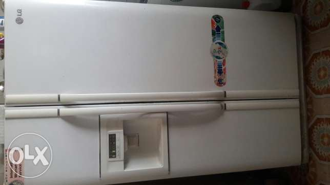 deep frezeer and double door refrigerators both for 2500
