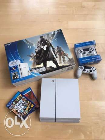 Sony PlayStation 4 Glacier White Destiny Bundle 500GB - mint