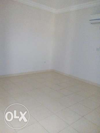 2 bhk unfurnished apartment in in old airport for family near al zaman