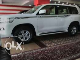 Brand New Toyota - Land cruiser GXR - 6 CYL Model 2017
