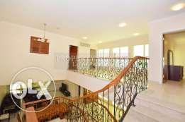 3 Bedrooms Refreshing villa in West Bay